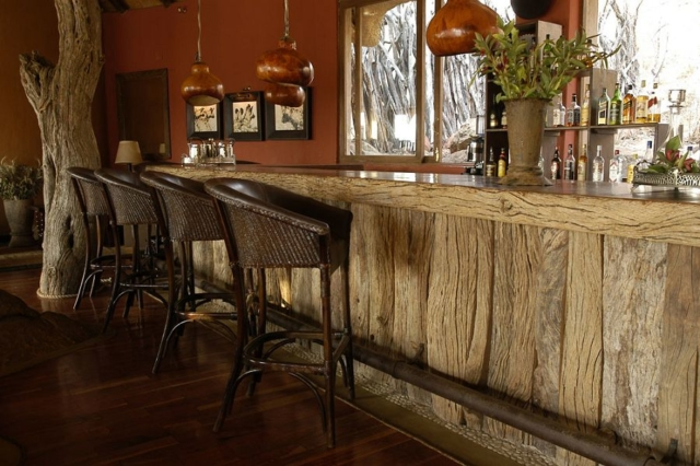 natural fibre bar stool