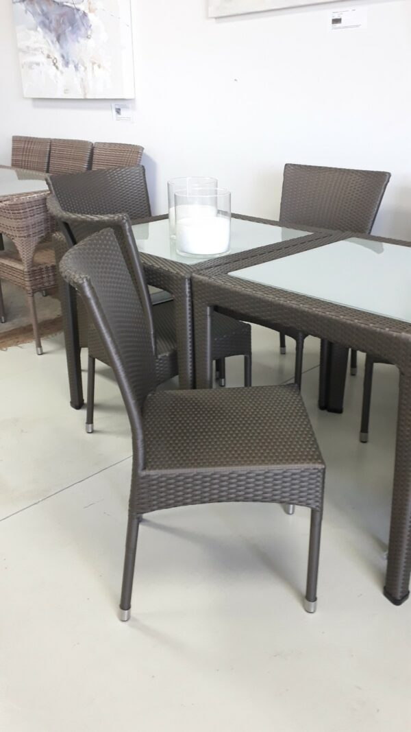 Single weaved dining chair in Shimmer antiga.