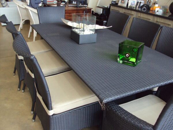 Ashanti dinning table and Kariba dinning chairs