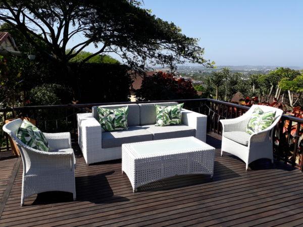 Outdoor setting patio furniture