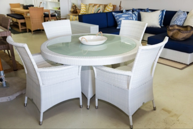 Mirage outdoor table and chairs